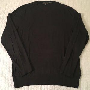 Banana Republic Men's Large V-Neck Sweater Black